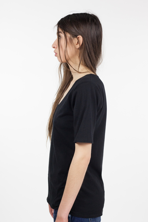 Kowtow Building Block V Tee - Black