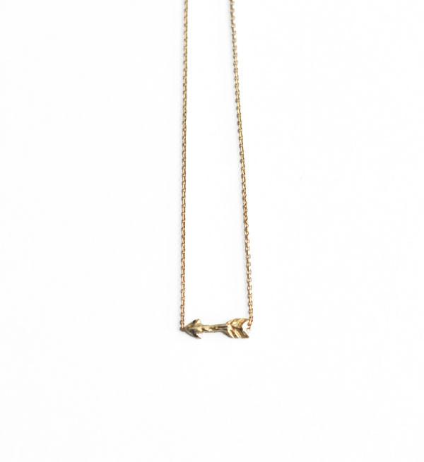 Odette New York Odette Gold Tiny Arrow Bracelet