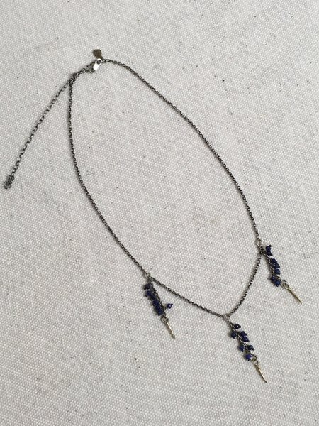 Kria Triple One Snake Fang Necklace