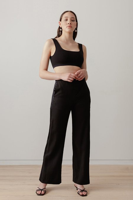 LOCLAIRE Moray Pant - Black