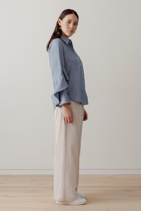 LOCLAIRE Oyster Shirt - Chambray