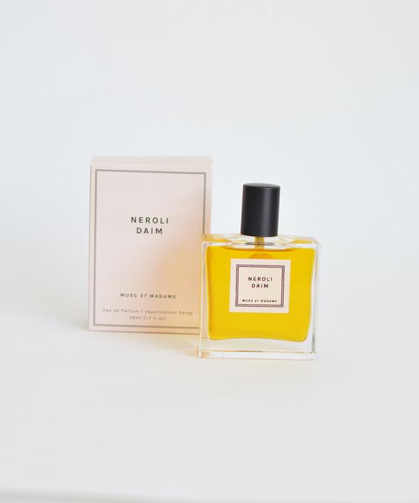 Musc et Madame Neroli Daim Perfume