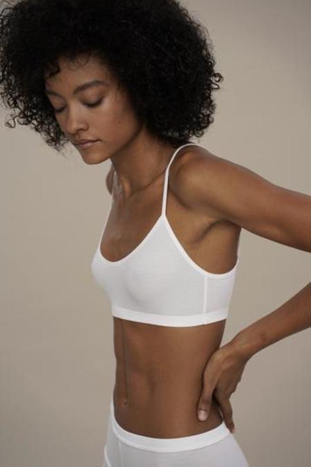 moi-basics top - white
