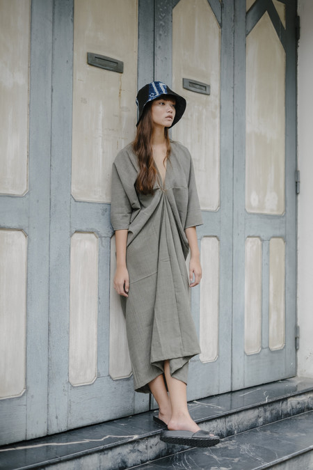 Seeker Studios Long Kaftan Dress - Grey