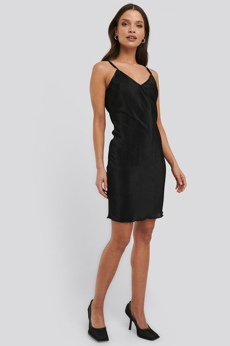 NA-KD - Pleated Slip Dress