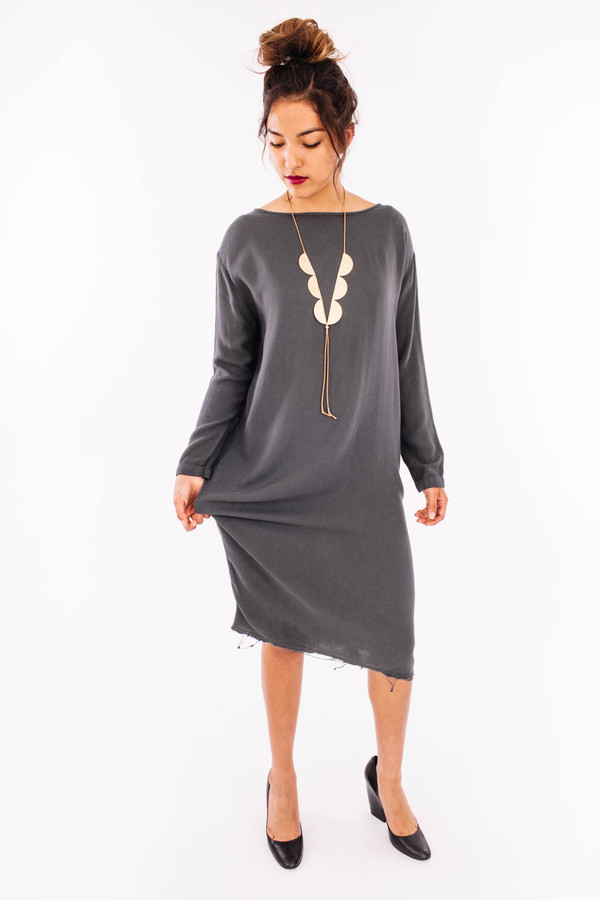 Black Crane Slim Dress (Dark Shadow)