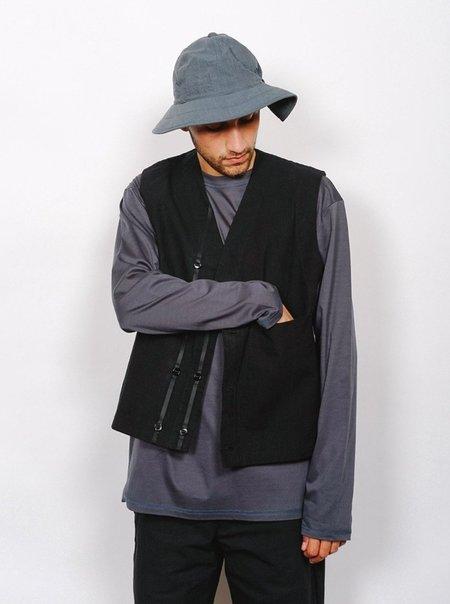 MAN-TLE R8 S7 Wax Work Vest - Black