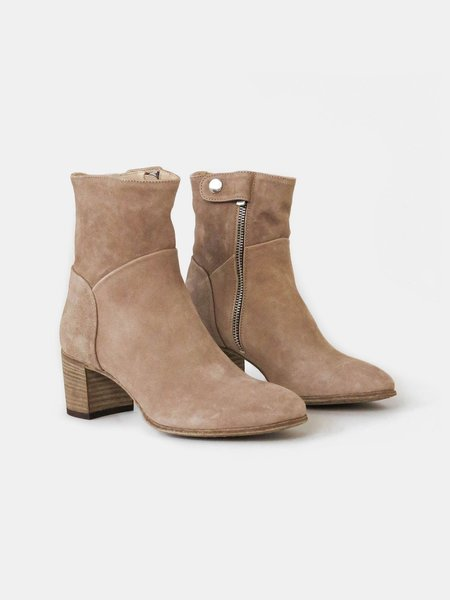 officine creative sarah boot - olivier ecru