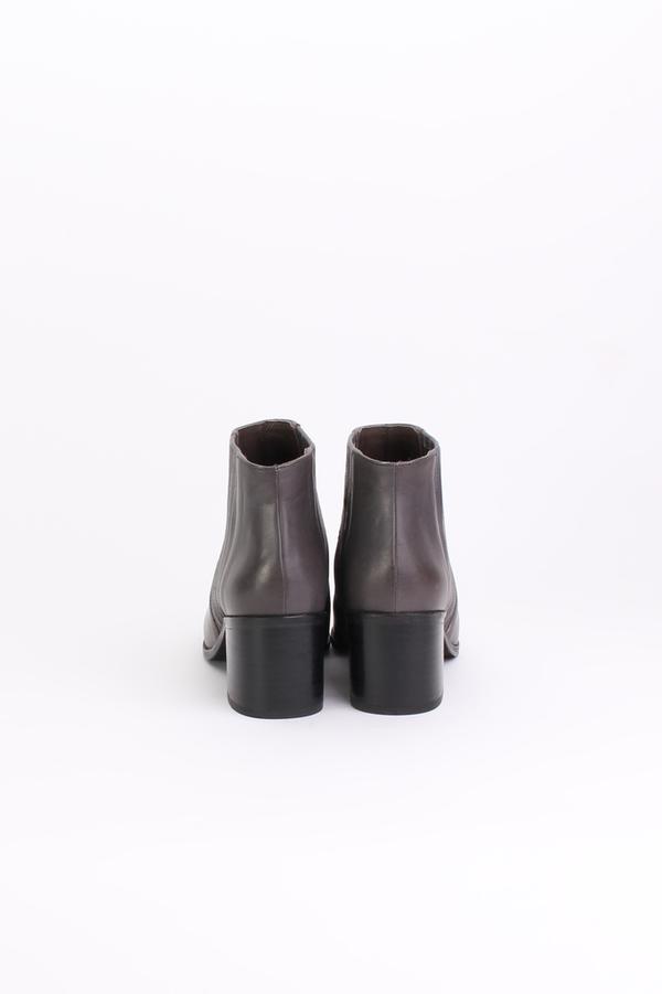 Coclico Zag bootie in grey
