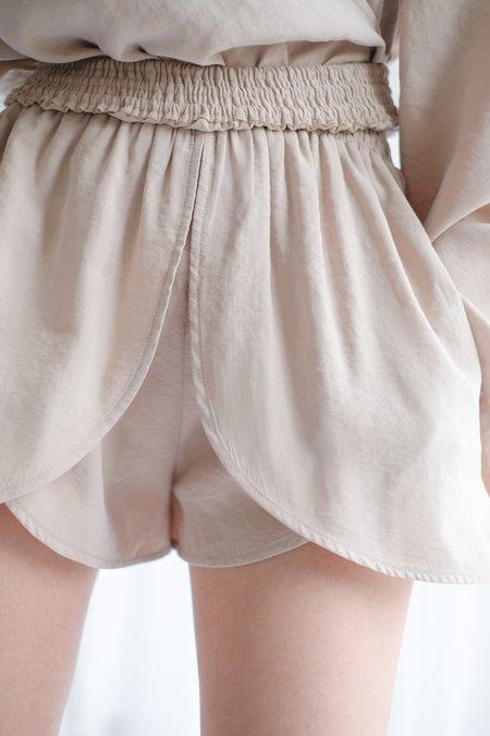 OhSevenDays Petal Shorts - Latte