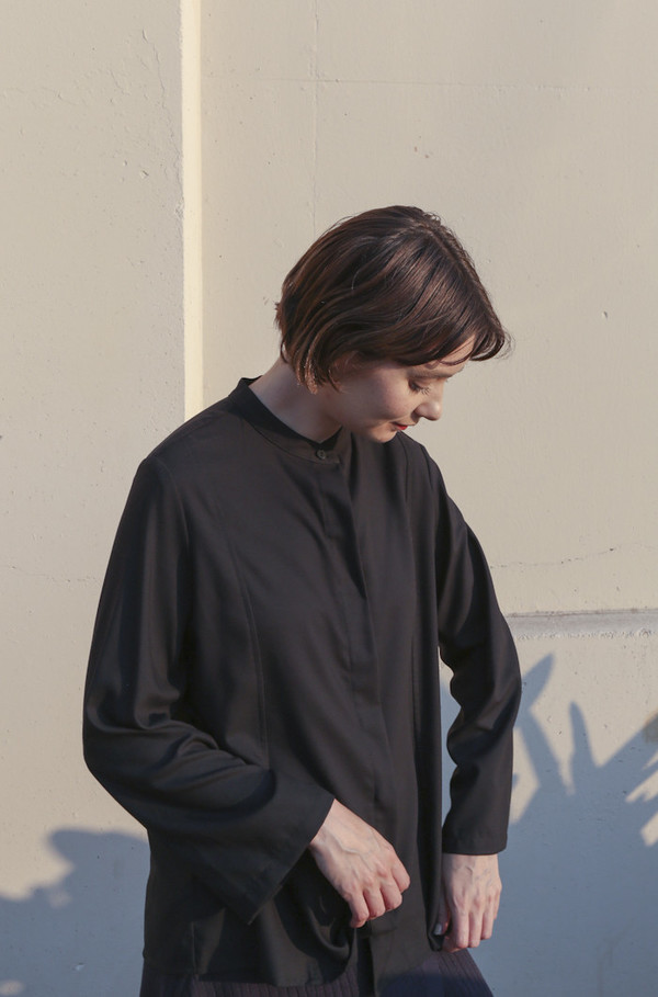 Wolcott : Takemoto Jim Blouse in Black