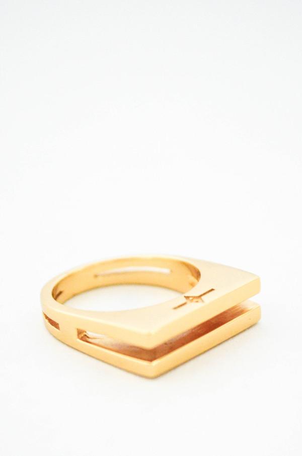 Gabriela Artigas Parallel Ring