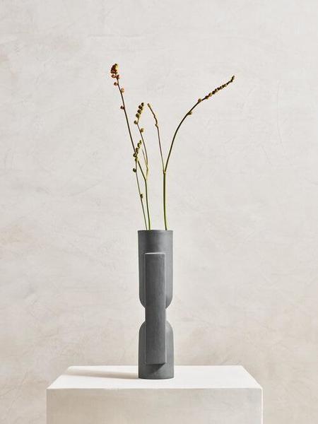 Light + Ladder Kala Vase - Graphite