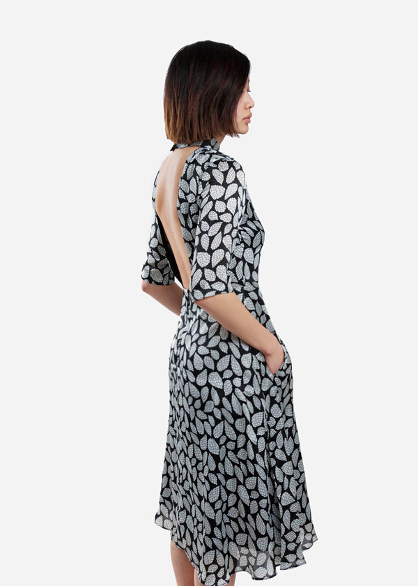 Toit Volant - Backless Circular Dresses