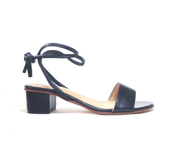 Zou Xou Sandal in Black Glaze