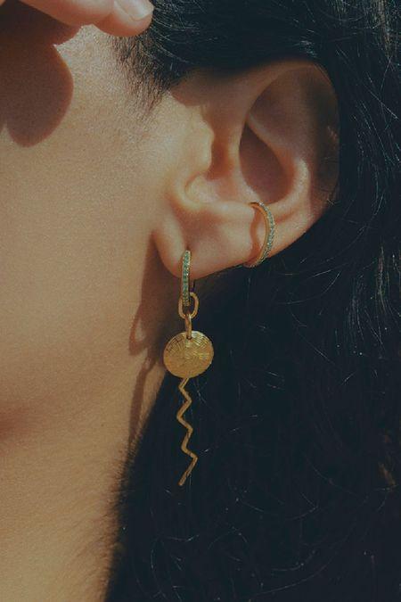 Maria Black Mint Como Ear Cuff
