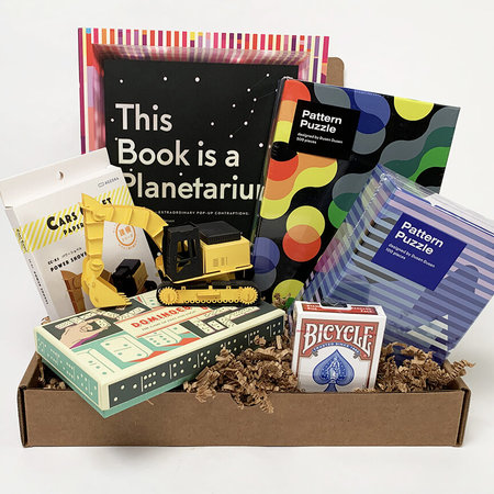 Lexington Standard Game Night Gift Box Deluxe