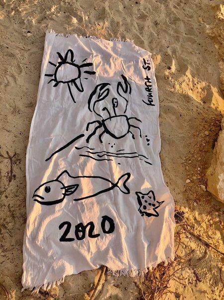 Fourth St Summer 2020 Beach Sheet - White/Black