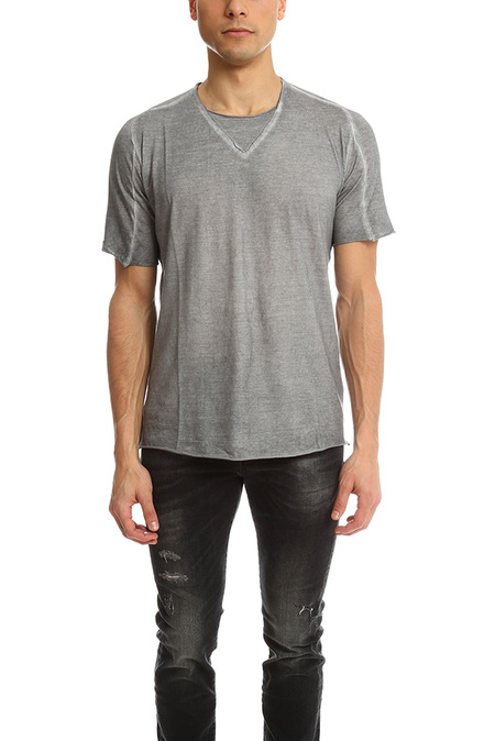 Hannes Roether Fabien V Crew Tee - Charcoal Grey