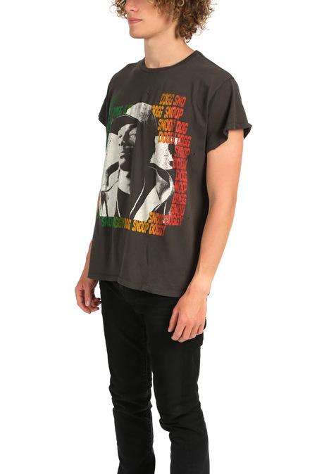 MadeWorn Rock Snoop Dogg Graphic T-Shirt - Dirty Black