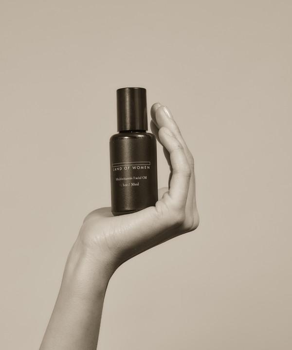 Land of Women Multivitamin Facial Oil