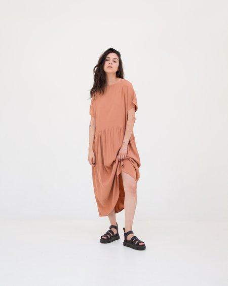 Rita Row Flowy Dress - Clay