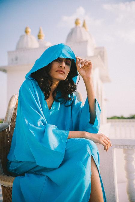 A Perfect Nomad Hood Essaouira Kalftan
