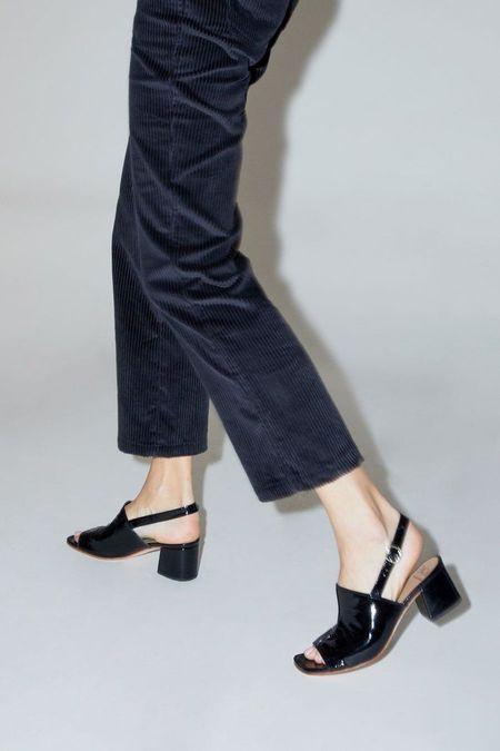 No.6 Leah Sandal - Black Crinkle