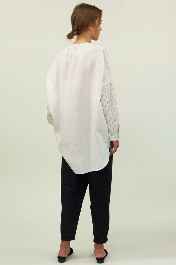 Universal Tissu Striped Linen Shirt- White