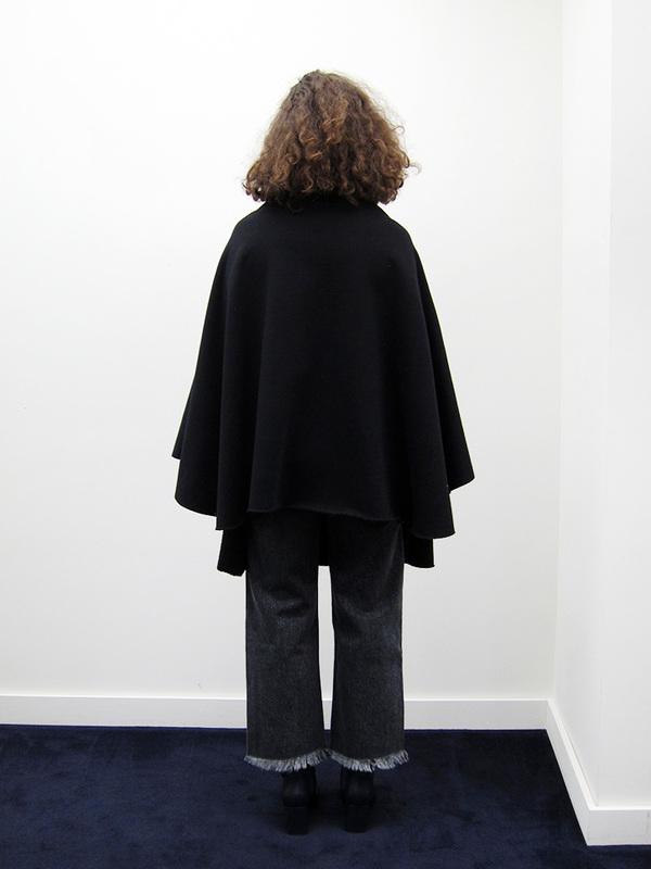 BLESS Sweaterponcho, Black