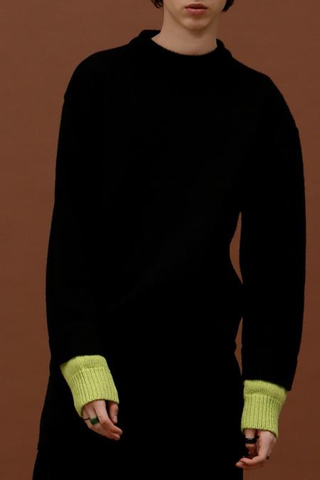 ROCKET LUNCH Double Sleeve Knit- Black