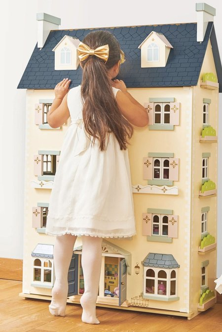 Kids Le Toy Van Palace Doll House