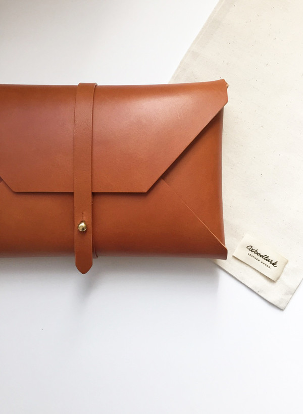 Woodlark Tan Envelope Clutch