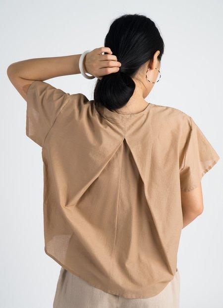KAAREM Sen Short Sleeve Folded Back Top - Sand