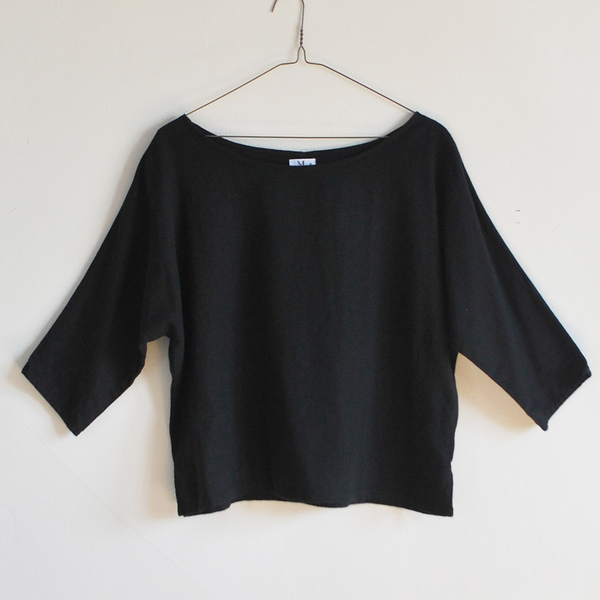 Me & Arrow Dolman Sleeve Top Black