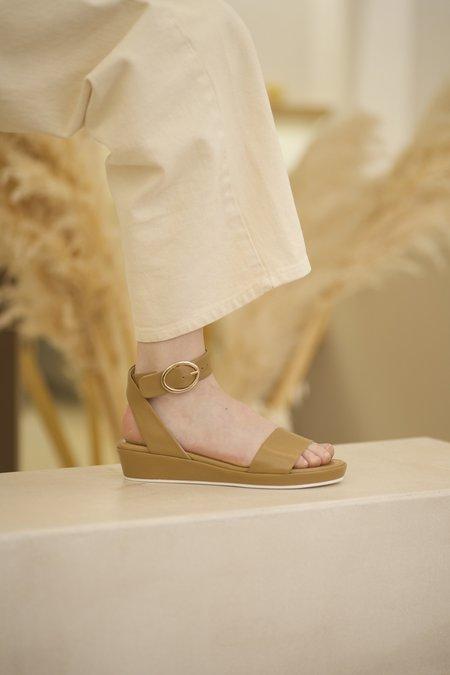 Anne Thomas ROMANE NAPPA FALASCO sandals - brown