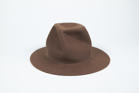 Clyde Pinwheel Hat in Field Brown
