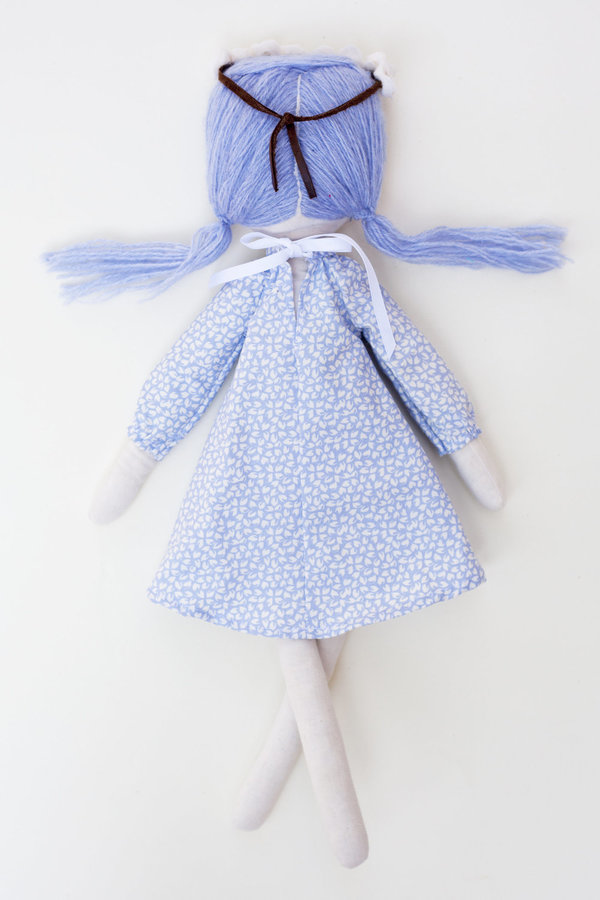 Polka-Dot Peanut Parade friends forever doll - iris