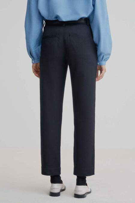 Kowtow Method Pant - Navy
