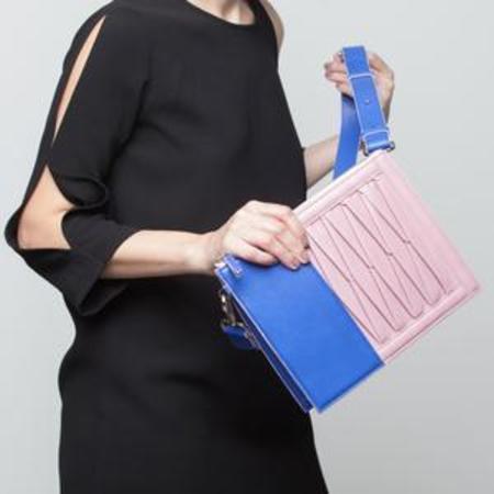 Sabrina Zeng Infinity Shoulder Bag