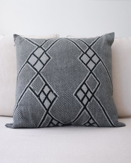 VOZ Che Pillow Euro - Forest/Grey