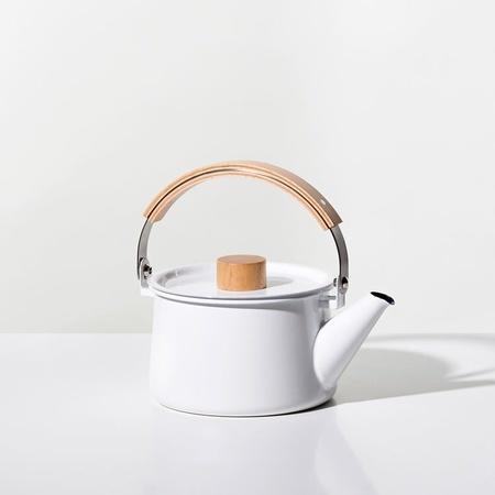 Saikai Kaico 1.5qt Kettle - White