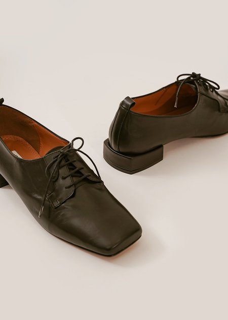 About Arianne The Joseph Shoe - Black