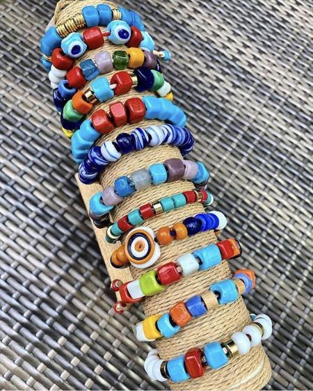 Wink Design Glass Bead Bracelet