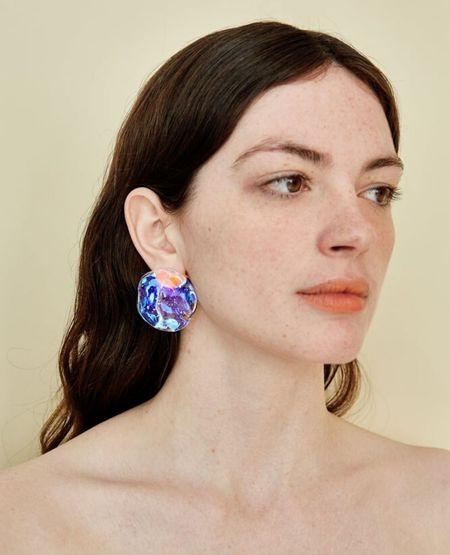 JULIE THÉVENOT Medusa Earrings - Prism Cold