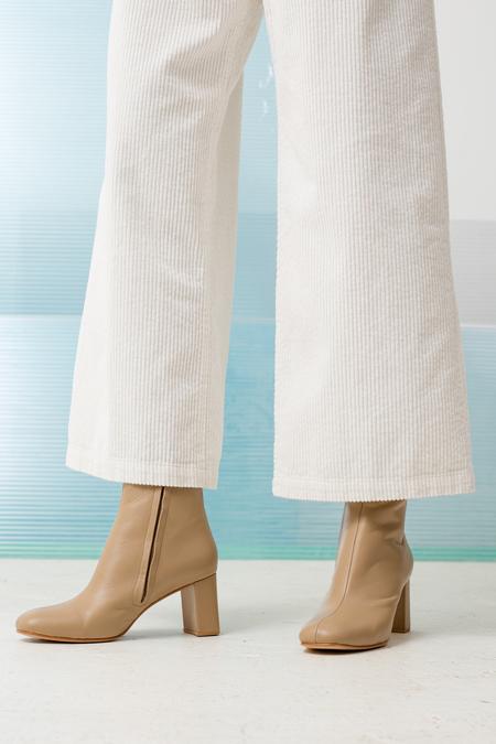 Maryam Nasir Zadeh Agnes Boot - camel leather