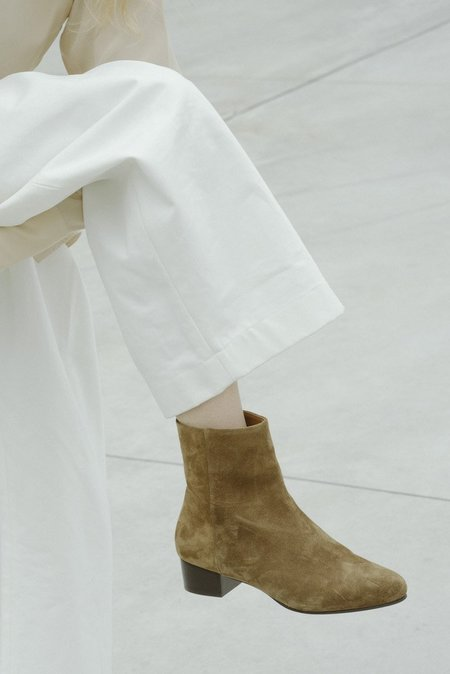 www.annethomas.fr Michèle Boots Sigaro - BEIGE