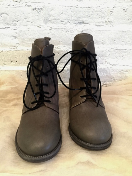P. Monjo Honora Boot