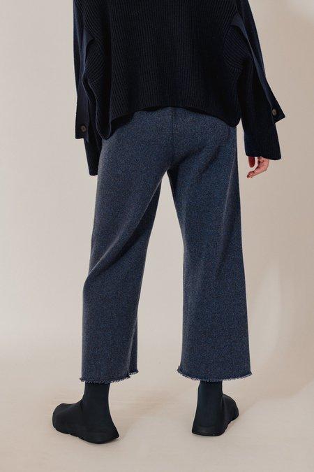 Unisex Oyuna Lak Knitted Cashmere Cropped Trousers - Dark Blue Rain