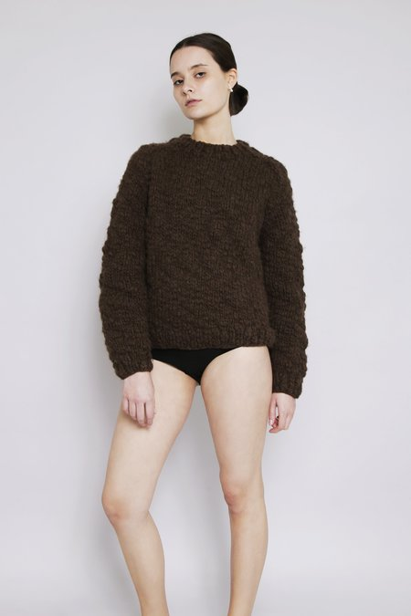 OUND HAND KNITTED CAVEN WOOL JUMPER - EARTH